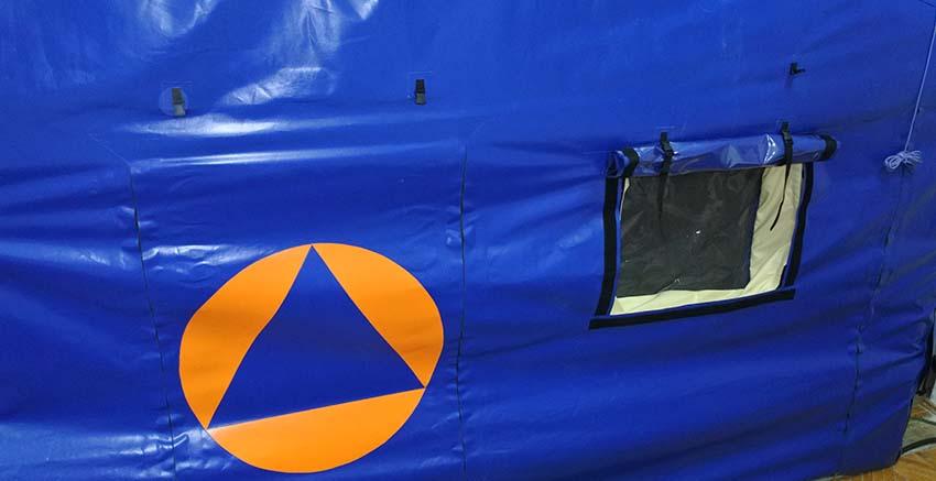 Окно и дверь универсальной модульной пневмокаркасной палатки TENTER ПКПМ