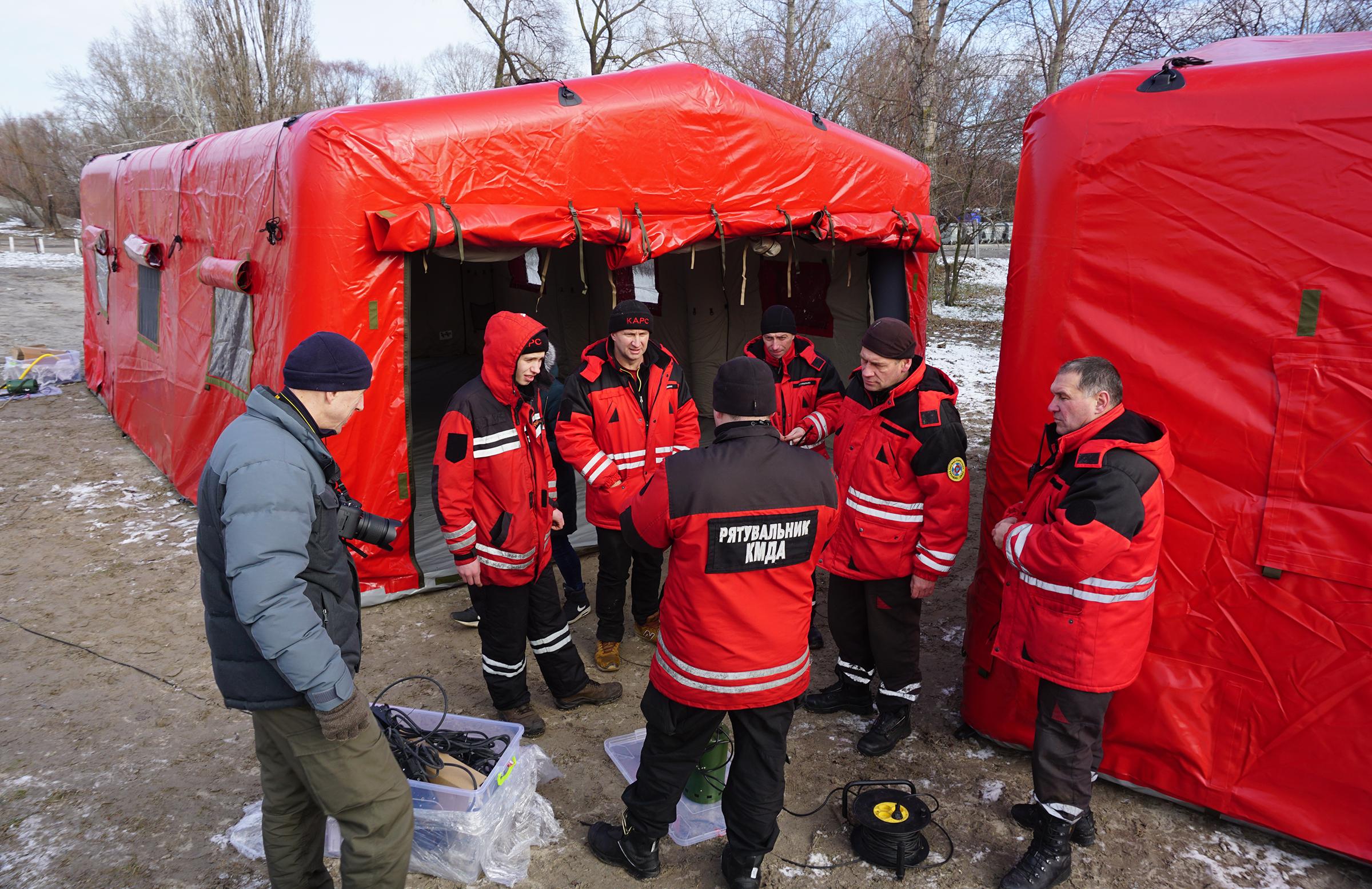 Спасательные надувные палатки TENTER для спасателей КМДА